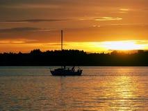заход солнца sailing Стоковые Изображения RF