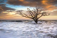 заход солнца sc ландшафта острова edisto charleston пляжа стоковые фотографии rf