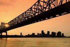 заход солнца горизонта New Orleans Стоковые Фотографии RF
