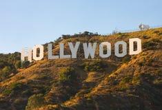 заход солнца знака hollywood Стоковая Фотография RF