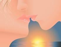 заход солнца поцелуя Стоковые Изображения RF