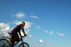 заход солнца riding Стоковые Изображения