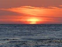 Заход солнца апельсина Чёрного моря Стоковые Изображения RF