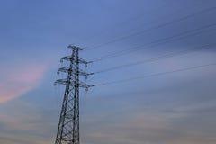 Заход солнца башни провода Стоковая Фотография RF