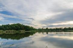 Заход солнца берега озера Стоковое фото RF