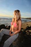 Заход солнца бикини Стоковая Фотография