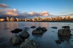 Заход солнца Ванкувера городской стоковые фото