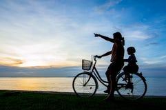 Заход солнца велосипеда Стоковое Изображение RF