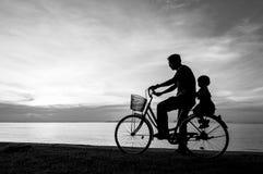 Заход солнца велосипеда Стоковые Изображения RF