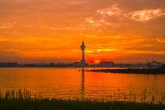 Заход солнца (восходящее солнце в утре) Стоковое Изображение