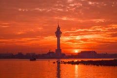 Заход солнца (восходящее солнце в утре) Стоковые Изображения