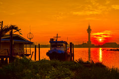 Заход солнца (восходящее солнце в утре) Стоковое Изображение RF