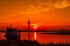 Заход солнца (восходящее солнце в утре) Стоковая Фотография RF