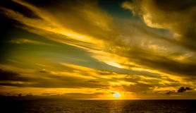 Заход солнца в Багамских островах от туристического судна Стоковое Изображение RF