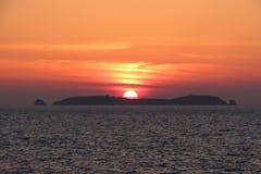 Заход солнца в Бретани, Святом-Malo, Франции Стоковая Фотография