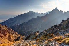 Заход солнца в горах в высоком Tatras, Словакии стоковое фото rf