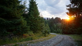 Заход солнца в горах Стоковое Фото