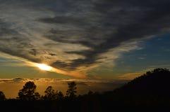 Заход солнца в горе Стоковое Фото