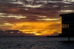 Заход солнца в заливе Манила Стоковые Фото