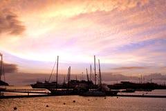 Заход солнца в заливе Mindelo Стоковые Фотографии RF