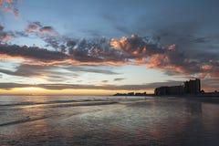 Заход солнца в курортном городе Puerto Peñasco, Мексики Стоковые Фотографии RF