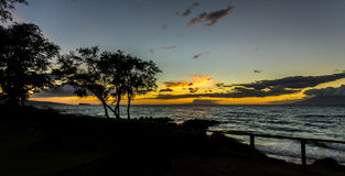 Заход солнца в Мауи смотря Molokini (Гаваи) Стоковые Изображения