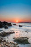 Заход солнца в морском побережье Паттайя стоковые фото