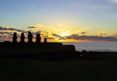 Заход солнца в острове пасхи, Чили Стоковая Фотография RF