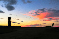 Заход солнца в острове пасхи, Чили Стоковые Изображения