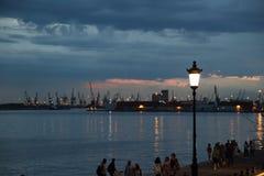 Заход солнца в порте Thessaloniki Стоковая Фотография RF
