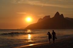 Заход солнца в Рио-де-Жанейро Стоковое Фото