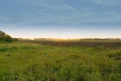Заход солнца в сельской местности Стоковая Фотография RF