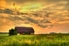 Заход солнца в стране Стоковые Фотографии RF