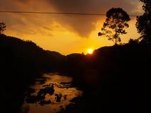 Заход солнца в Шри-Ланке от моста Стоковая Фотография RF