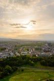 Заход солнца в Эдинбурге от места Артура Стоковые Фото