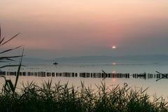Заход солнца в Dianchi Стоковые Изображения RF