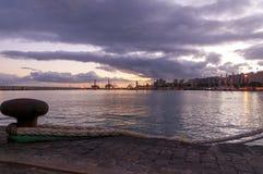 Заход солнца в Santa Cruz de Тенерифе стоковые изображения