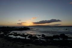 заход солнца Гавайских островов maui Стоковая Фотография