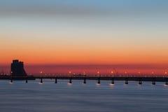 Заход солнца города на реке dnepropetrovsk Украина Стоковые Изображения RF
