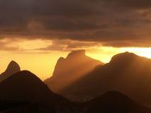 Заход солнца гор Рио Стоковое Изображение