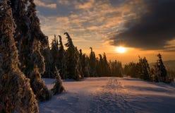 Заход солнца гор Gorce Стоковое Изображение RF