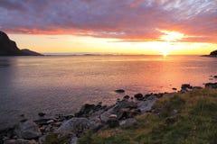 Заход солнца лета в Норвегии Стоковое фото RF