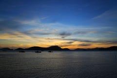 Заход солнца за горой Стоковое Фото