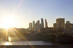 Заход солнца и взгляд реки Москвы Стоковое Изображение RF