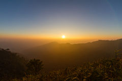 Заход солнца и гора Стоковое Изображение