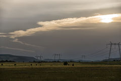 Заход солнца и облака, Deva, Румыния стоковое фото
