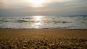 Заход солнца и пляж, море Стоковые Изображения RF