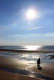 Заход солнца и силуэты Стоковые Фото