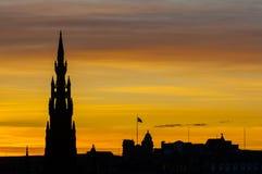 Заход солнца и силуэт Edinburg Стоковые Изображения RF