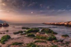 Заход солнца и Seascape Стоковое Фото